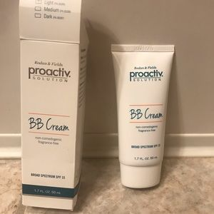 Sealed Rodan & Fields Proactiv Light BB Cream